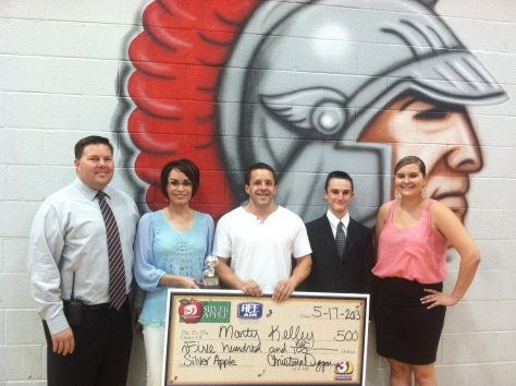 Mr. Kelley from Paradise Valley High School Receives Silver Apple Award from ACE Home Services and 3TV!